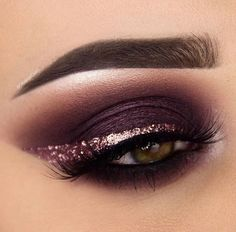 Purple Eye with Glitter Liner
