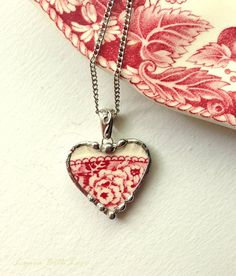 Broken china heart pendant necklace antique floral red English transferware Heart Jewelry, Glass Jewelry, Jewelry Shop, Jewelry Making, Jewellery Box, Jewelry Stores, Jewelery, Heart Shaped Necklace, Heart Pendant Necklace