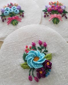 Hand Embroidery Stitches Hand Embroidery Designs Embroidery Applique Cross Stitch Embroidery Embroidery Patterns Felt Cupcakes How To Make Buttons Brazilian Embroidery Blouse Designs Brazilian Embroidery Stitches, Hand Embroidery Stitches, Embroidery Patches, Hand Embroidery Designs, Cross Stitch Embroidery, Embroidery Needles, Hand Embroidery Flowers, Embroidery Jewelry, Embroidery Hoop Art