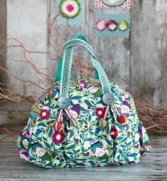 Carlitos Stoffdesign von Lila Lotta - Kugeltasche der Taschenspieler 2 CD von Farbenmix
