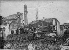 In the streets of Monastir (Bitola) (February 1917). Ruins of Old Mosque