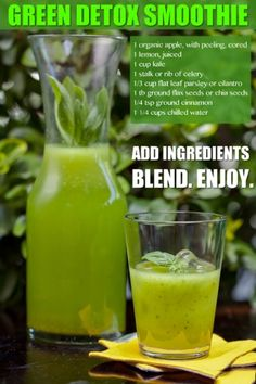 How to make detox smoothies. Do detox smoothies help lose weight? Learn which ingredients help you detox and lose weight without starving yourself. Healthy Detox, Healthy Juices, Healthy Smoothies, Healthy Drinks, Detox Juices, Easy Detox, Vegetable Smoothies, Detox Foods, Low Sugar Smoothies