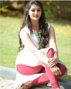 Pooja Jhaveri Unseen Photos - Pooja Jhaveri Photo Gallery - Pooja Jhaveri Stills South Indian Actress Hot, Indian Actress Hot Pics, Indian Actresses, Actress Photos, Beautiful Girl Photo, Beautiful Girl Indian, Most Beautiful Indian Actress, Stunning Girls, Beautiful Women