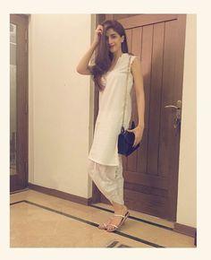 Beautiful Mawra Hocane Ready For Musical Night❤✨ #Gorgeous #Elegant #MawraHocane #MuseLuxe #MusicIsLife #ReadyToWear #SummerOutfits #PakistaniFashion #PakistaniActresses #PakistaniCelebrities  ✨