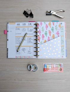 Making accessories for you planner is easy and fun! Learn how to make DIY Planner Folder Pockets that are perfect for Happy Planners or other planners.