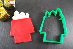 Snoopy on Roof Cookie Cutter
