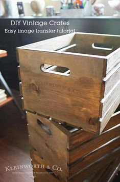 Create these DIY Vintage Crates with this Easy Image Transfer Tutorial using wax or freezer paper. It's a simple DIY that easily gives that farmhouse look. Decor Crafts, Home Crafts, Diy Home Decor, Furniture Makeover, Diy Furniture, Vintage Crates, Do It Yourself Furniture, Thrift Store Crafts, Modern Farmhouse Decor
