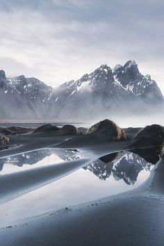 The Stokksnes headland on the southeastern Icelandic coast, near Hofn and Hornafjördur, with a sweeping view of the majestic mountains.