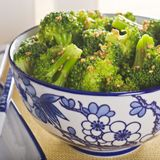 Easy Steamed Broccoli (toss in 2 tsp olive oil, 1 tbsp lemon juice, dash of salt & black pepper) maybe add some minced garlic and crushed red pepper.