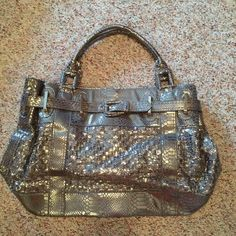 Oversized Gray Purse Very large purse and has a snap for closure. In good condition! Bags