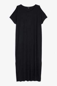 saga-dress