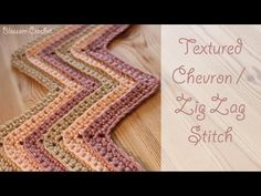 (61) Crochet Textured Chevron / Zig Zag Stitch - YouTube Punto Zig Zag Crochet, Zig Zag Crochet Pattern, Stitch Crochet, Crochet Ripple, Crochet Blanket Patterns, Diy Crochet, Crochet Stitches, Tutorial Crochet, Crochet Blankets