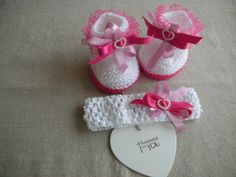 Hand knitted Molly Dolly baby girls booties and by Bootilicious, £8.00