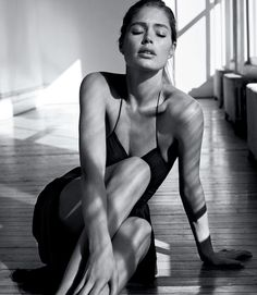 Photography: Josh Olins Styled by: Alastair Mckimm Makeup: Sally Branka Hair: Esther Langham Model: Doutzen Kroes Model Poses Photography, Body Photography, Glamour Photography, Hipster Photography, Indoor Photography, Minimalist Photography, Urban Photography, Lifestyle Photography, White Photography