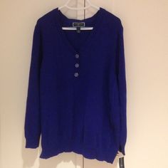 Blue v-neck cotton sweater 100% cotton sweater, perfect for the office or relaxing at home. Karen Scott Sweaters