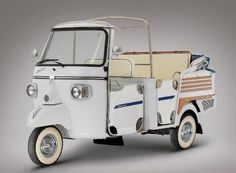Let your top down with the Piaggio Ape Calessino