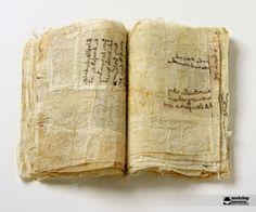 textile book by the artist Waltraud Janzen (photo by Sven Reimann)