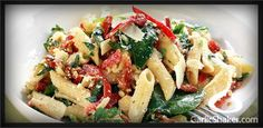 Garlic Pasta with Sun–Dried Tomatoes and Broccoli