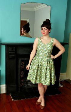 A Stitching Odyssey: Chintzy Floral Lilou Dress