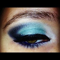 Blue Dreams http://www.makeupbee.com/look_Blue-Dreams_44357