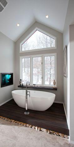 Free Standing Bath + Snow *drools* yes!! Après ski!