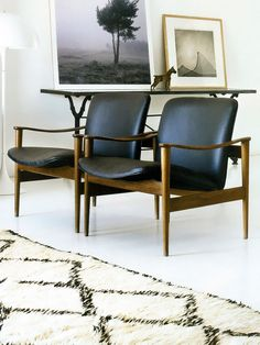 Great chairs, wonderful black and white contrast.