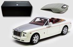 Kyosho 1/18 Rolls Royce Phantom Drop Head Coupe - White Diecast Model