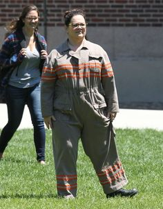 Pin for Later: See Melissa McCarthy Decked Out in the Ghostbusters Uniform on the Set!