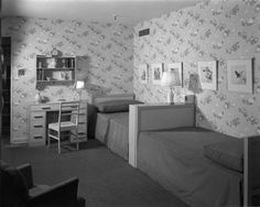 "At 1941's ""Modern House"" installation at Marshall Field & Co., tailored twin beds offer stylish comf... - Chicago History Museum + Getty"
