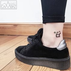 "16.1 χιλ. ""Μου αρέσει!"", 149 σχόλια - tiny tattoos (small tattoos) (@tiny.tatts) στο Instagram: "" Panda ⚊⚊⚊⚊⚊⚊⚊⚊⚊⚊⚊⚊⚋ ☛owner: @ahmet_cambaz Follow↪ @tiny.tatts Also Follow ↪ @black.tatts ↪…"""