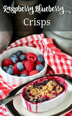 Mini Raspberry-Blueberry Crisps with an almond oat crumble #SummerDessertWeek Bite Size Desserts, Easy No Bake Desserts, Easy Desserts, Delicious Desserts, Homemade Desserts, Summer Dessert Recipes, Dessert Ideas, Traditional Easter Desserts, Sour Cream Pound Cake