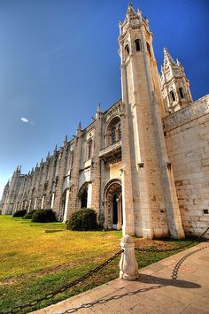 Mosteiro dos Jerónimos, Lisboa, Portugal ♥ | ©