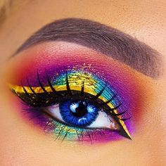 The beautiful @irywallenholm has created this stunning colourful look, using Furless loose pigment in Adulterated on the center of the lid ⚡️ Shop: http://furlesscosmetics.com/golden-eyeshadow-loose-sparkly/