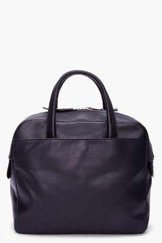 Black leather bag #black #blackleather #blackbag #blackleatherbag #blackhandbag #leatherbag #leatherhandbag #designerbag #bagart #chic #minimalist #simplebag #fashion2014 #wishlist