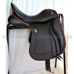 English Tack, English Saddle, Dressage Bridle, Horse Tack, Equestrian Gifts, Saddles, Horse Stuff, Horse Riding, Leather Backpack