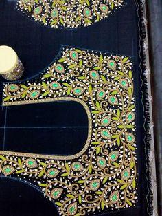 Cutwork Blouse Designs, Wedding Saree Blouse Designs, Best Blouse Designs, Simple Blouse Designs, Diy Embroidery Designs, Mirror Work Blouse Design, Aari Work Blouse, Maggam Work Designs, Maggam Works