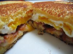 Grilled Cheese Sandwich with Bacon and Fried Egg : 10 Quick Breakfast for Dinner Recipes