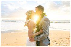 A Moment of Awe ~ Robyn & Ronald's Maui Elopement Beach Wedding Locations, Beach Wedding Photos, Beach Wedding Photography, Sunset Wedding, Hawaii Wedding, Maui Weddings, Destination Weddings, Maui Beach, Hawaii Elopement