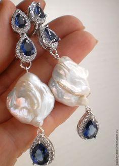 Купить СИНЕОКАЯ Серьги (Браслет) топазы London blue, барочный жемчуг, родий - синий