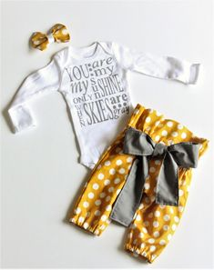 You are my sunshine/newborn outfit/coming home outfit - Ideas of Teagan Baby Name - You are my sunshine/newborn outfit/coming home outfit by bibitibobitiboutique on Etsy Cute Outfits For Kids, Mom Outfits, Baby Boy Outfits, Take Home Outfit, Coming Home Outfit, Baby Girl Pants, Country Outfits, You Are My Sunshine, Cute Baby Clothes