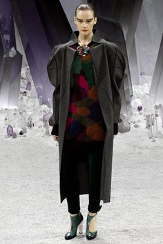 "Chanel Ready-to-Wear Fall 2012 (25)...really? Is this actually ""ready-to-wear""? Maybe to a costume party. No wonder the model looks angry and has monster eyebrows!"