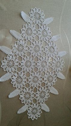 off White lace trim with daisy flowers, crocheted lace trim, retro floral trim lace, vintage flowers lace trim, bridal lace Crochet Table Topper, Crochet Tablecloth, Crochet Doilies, Crochet Flowers, Crochet Lace, Daisy Flowers, Vintage Flowers, Yarn Crafts, Sewing Crafts