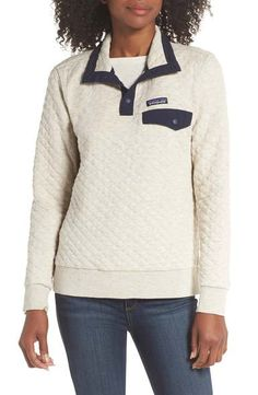 Totally obsessed with this pull-over from Patagonia! Patagonia Quilted Pullover, Classy Going Out Outfits, Cocktail Attire For Women, Fall Outfits 2018, Coats For Women, Clothes For Women, Burberry Coat, Adidas, Texture