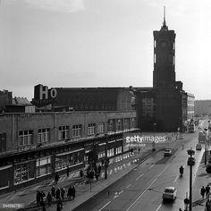 1965 Rathausstrasse mit Geschaeft der HO