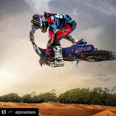 Motocross is a contact sport, see you in the first corner. Motocross Quotes, Motocross Love, Motocross Bikes, Motocross Tattoo, Bike Freestyle, Freestyle Motocross, Dirt Bike Gear, Motorcycle Dirt Bike, Honda 125