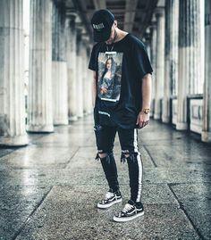 7 Proud Cool Tips: Urban Fashion Male Casual urban wear streetwear style.Vintage Urban Fashion Shoes urban wear for men coats. Streetwear Mode, Streetwear Fashion, Streetwear Jeans, Streetwear Summer, Streetwear Clothing, Summer Fashion Outfits, Outfits For Teens, Fashion Ideas, Fashion Quotes