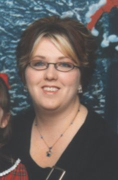 Missing woman's parents and daughter are still looking for answers : Cold-cases 2005