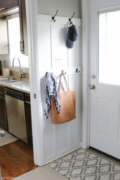 Entryway Hooks, Entryway Decor, Foyer, Garage Entryway, Coastal Entryway, Door Hooks, Garage Walls, Entryway Ideas, Hallway Ideas