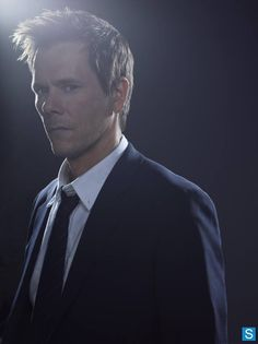 Oooh those eyes! Kevin Bacon and The Following return 1/19 on FOX45.