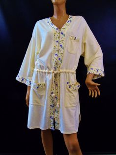 7cc3e44f75 Komar Earth Angels Lounge Robe Pansy Floral Trim Zip Front Womens Size  16-18